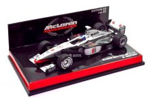 Minichamps 530984308 McLaren Mercedes MP4/13 #8 'Mika Hakkinen' F1 World Champion 1998