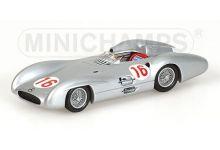 Minichamps 432543016 Mercedes-Benz W196 #16 'Juan Manuel Fangio' winner Grand Prix of Italy and F1 World Champion 1954