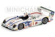 Minichamps 400051301 Audi R8 #1 'Tom Kristensen - J.J. Lehto - Marco Werner' winner 12 hrs of Sebring 2005