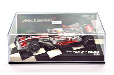 Minichamps 530084322 McLaren Mercedes Vodafone MP4-23 'Lewis Hamilton' F1 World Champion 2008
