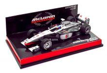 Minichamps 530984308 McLaren Mercedes MP4/13 #8 'Mika Hakkinen' F1 World Champion 1998