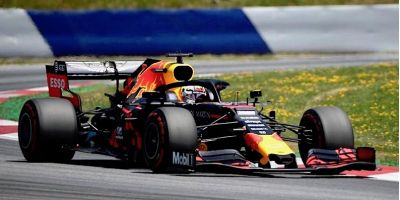 Spark Model S6088 Aston Martin Red Bull Racing RB15 F1 Team #33 'Max Verstappen' Winner Austrian GP 2019
