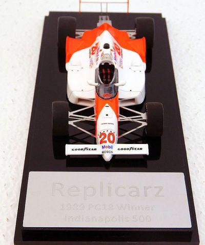 Replicarz R43029 Penske PC18 Marlboro #20 'Emerson Fittipaldi' winner Indy 500 1989
